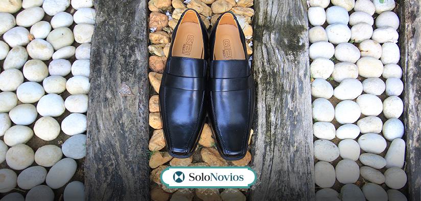 preparar los zapatos de novio