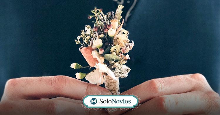 Flores para hombres: el mejor complemento para el novio